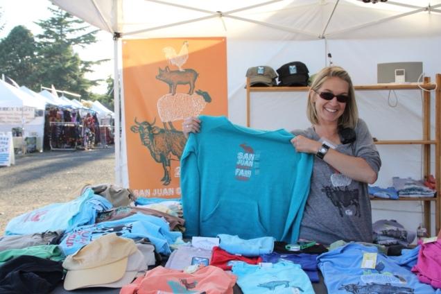 Jen's Shirt booth