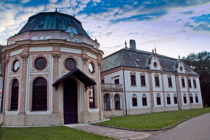 Klato Mansion
